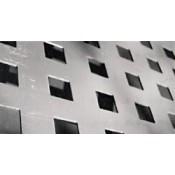 Tετράγωνες Οπές (9)
